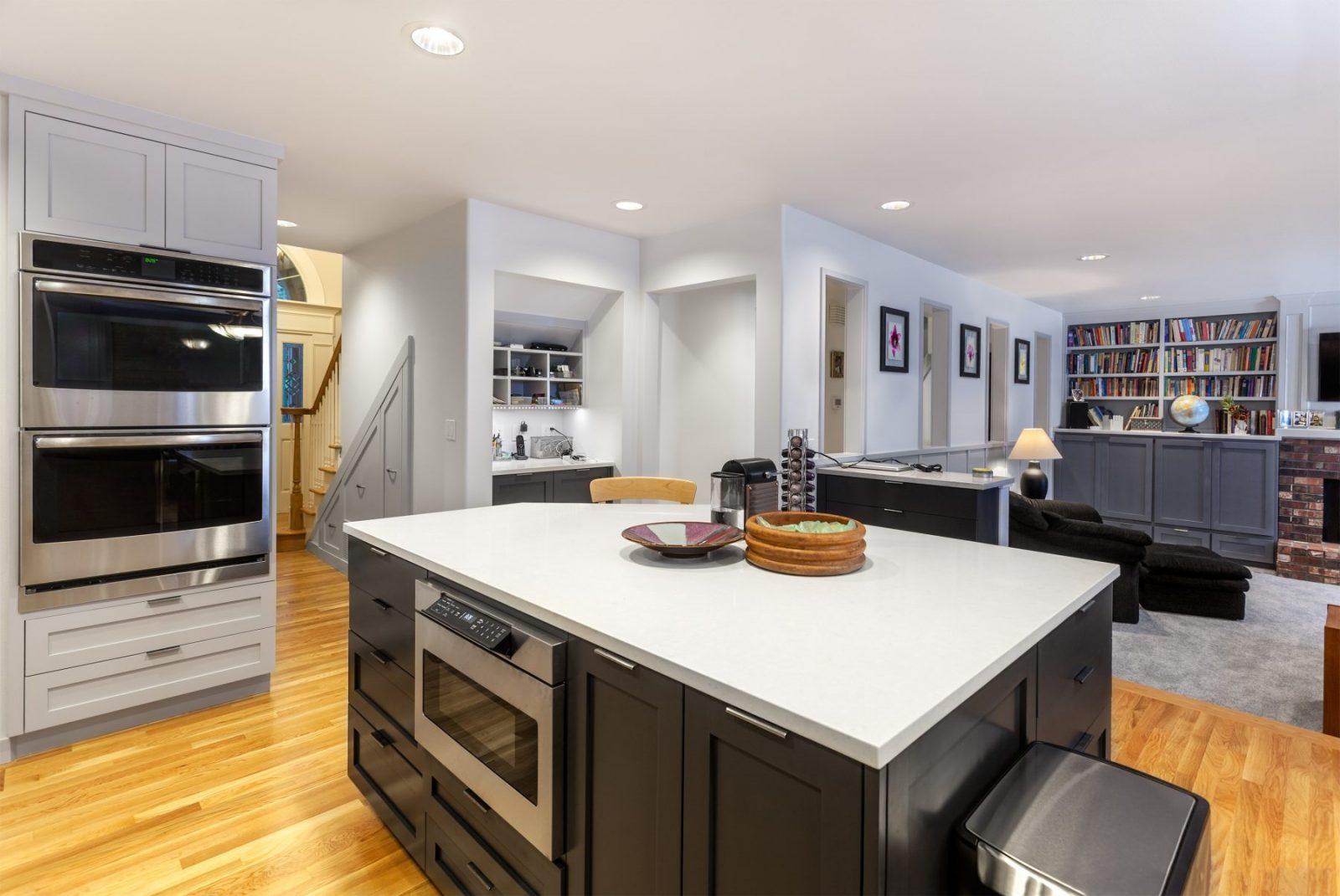 Ottawa Kitchen Cabinets And Custom Designs